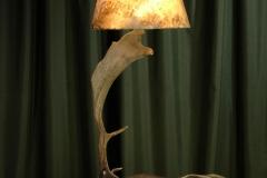 astas-patagonicas-lampara-pie2
